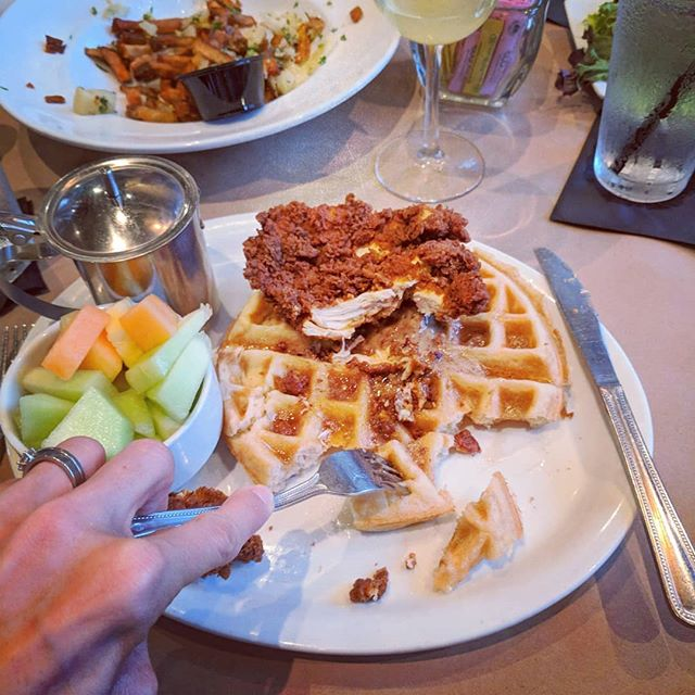 Sundays are normally reserved for church and family, but sometimes it's so relaxing to get away with friends for an hour or two for great food, a strong drink and amazing conversation. I feel recharged. . . . How do you do Sundays?  #sunday #sundayfunday #sundaybrunch #birthdayfun #doublemimosas #lovemyfriends #chickenandwaffles #bringontheweek