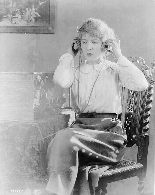 Headphones / Library of Congress