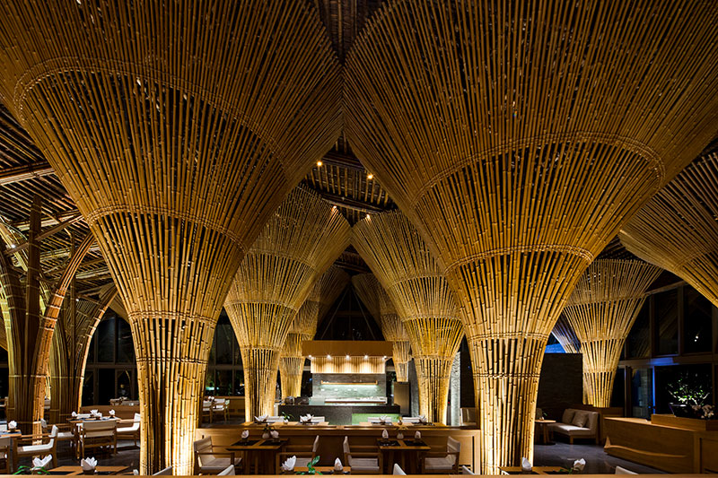11_naman-hay-hay-restaurant_interior.jpg