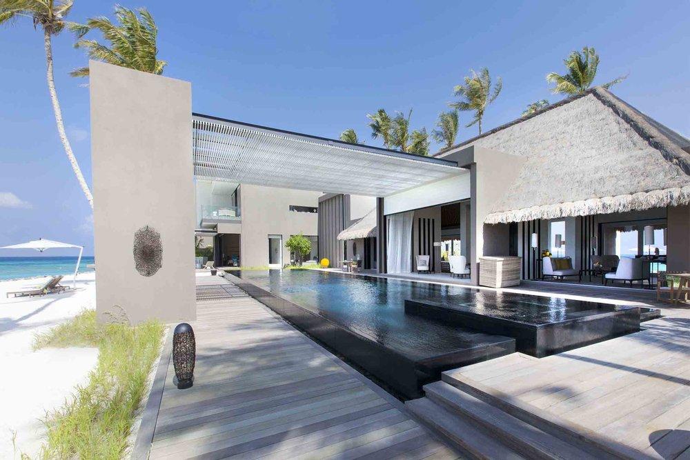 Cheval Blanc Randheli - Owner_s Villa  (2) (3500x2333).jpg