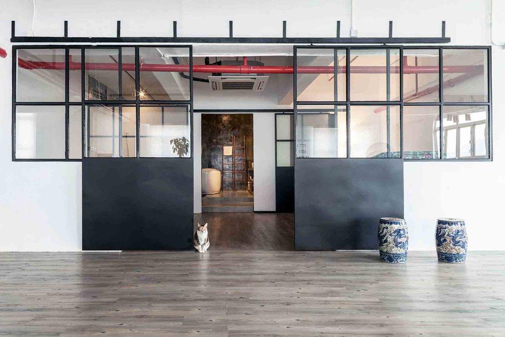 Warehouse-HM_10.Doors-Open.jpg
