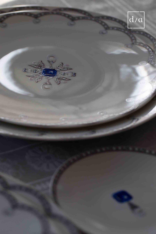 00002S_Fradkof_Ma Russie Gemstones Sapphire_Dinner Plate AMB1.jpg