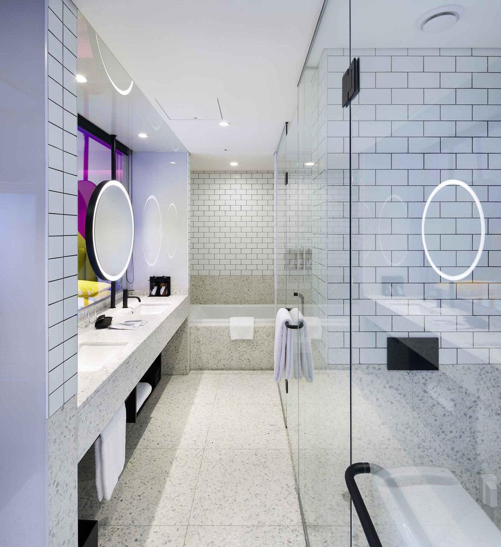 RYSE_ArtistSuite_1504_Bathroom.jpg