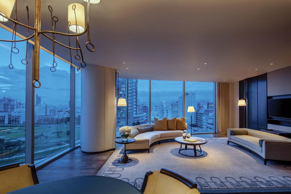 EXCLUSIVE-IMAGE_WABKK_Astoria-Suite-Living-room-Dusk.jpg