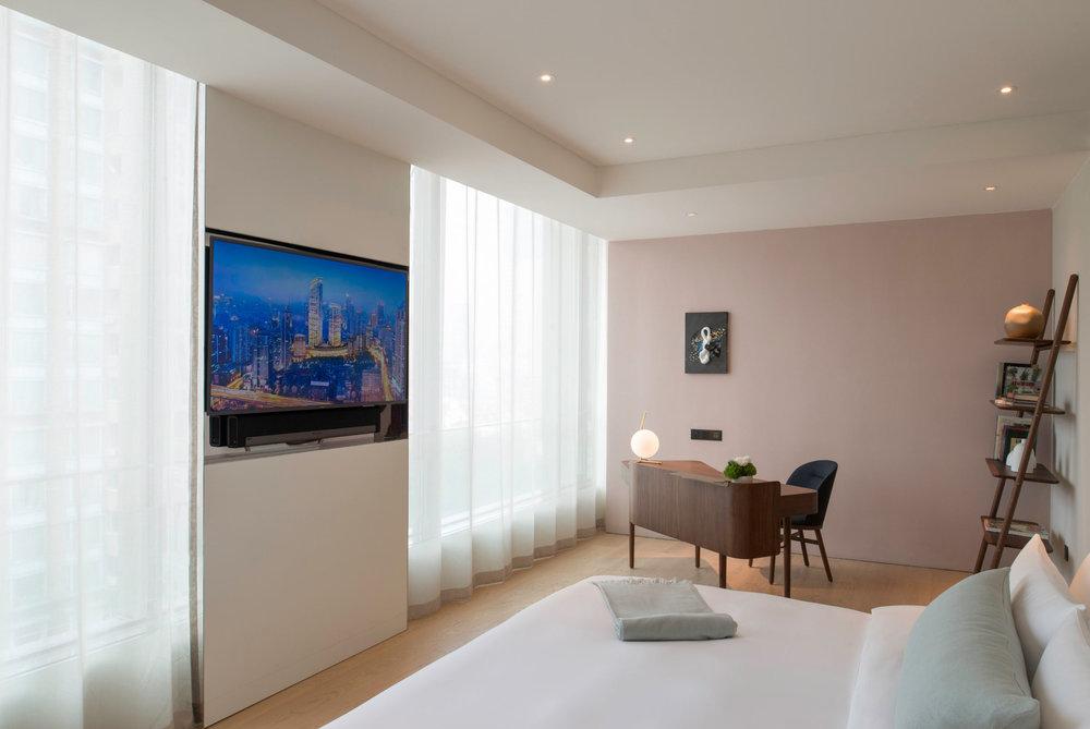 Executive-Suite---Bedroom.jpg