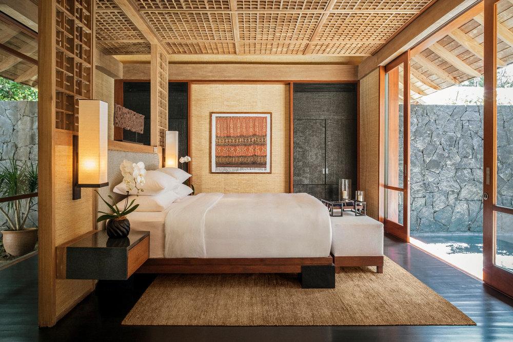 TDL-Beach-Villa-One-Bedroom---bedroom-(2080x1387).jpg