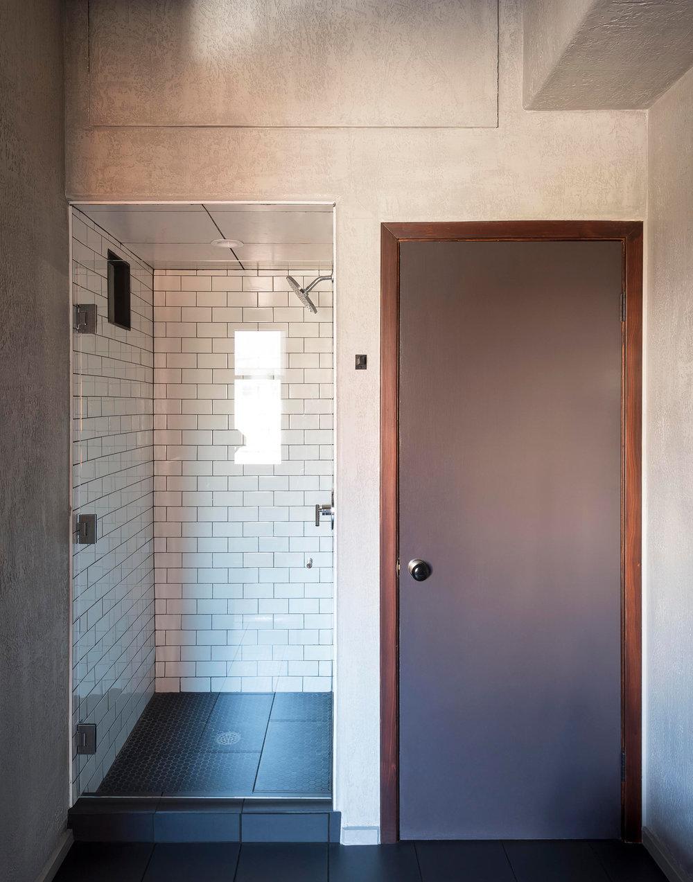 Wm.-Mulherin_s-Sons-Hotel---Bathroom-shower---by-Matthew-Williams.jpg