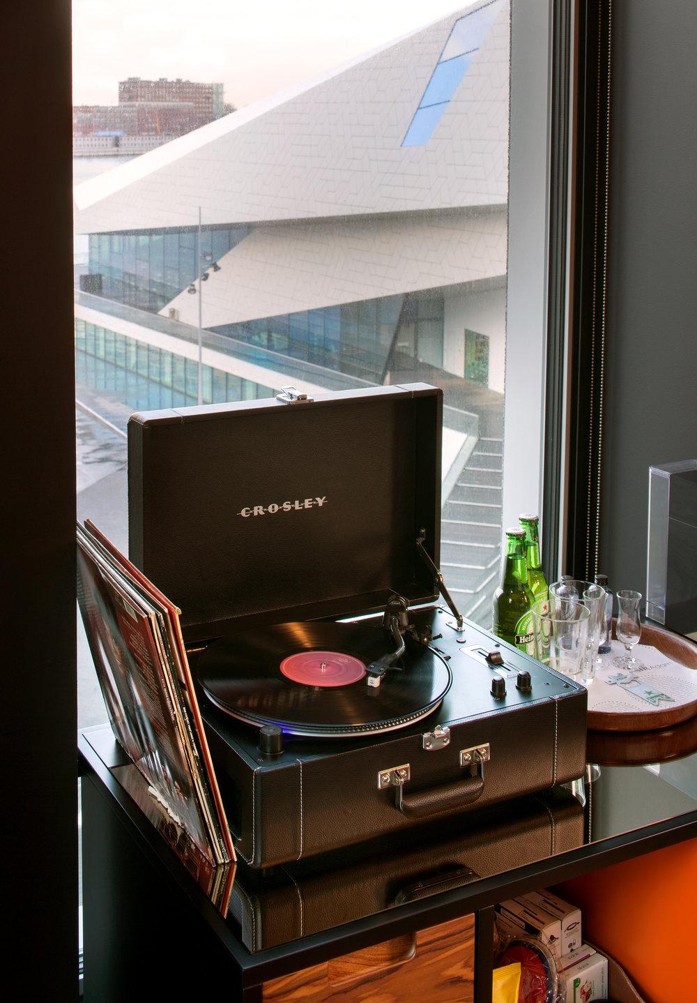 Sir-Adam-Room-interior-detail-image-credit--SIR-hotels.jpg