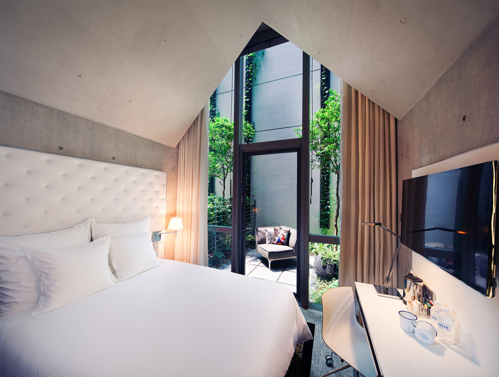MSocial-Singapore---The-Nicer-Room---01.jpg