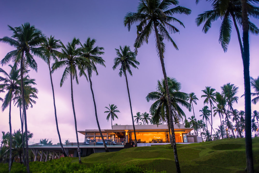 Anantara-Peace-Haven-Tangalle-Resort-Il_Mare_Evening.jpg