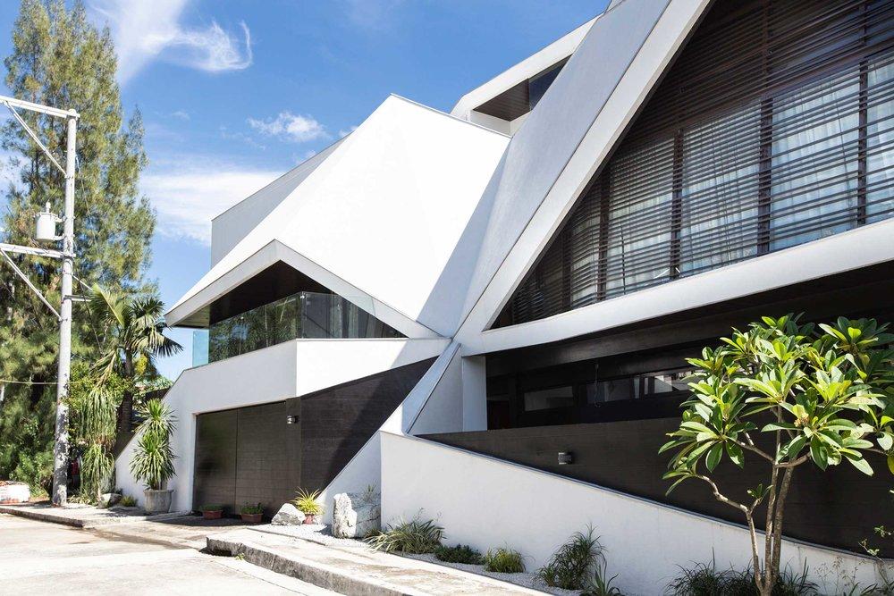 Casa-Uccello---Buensalido-Architects-3.jpg