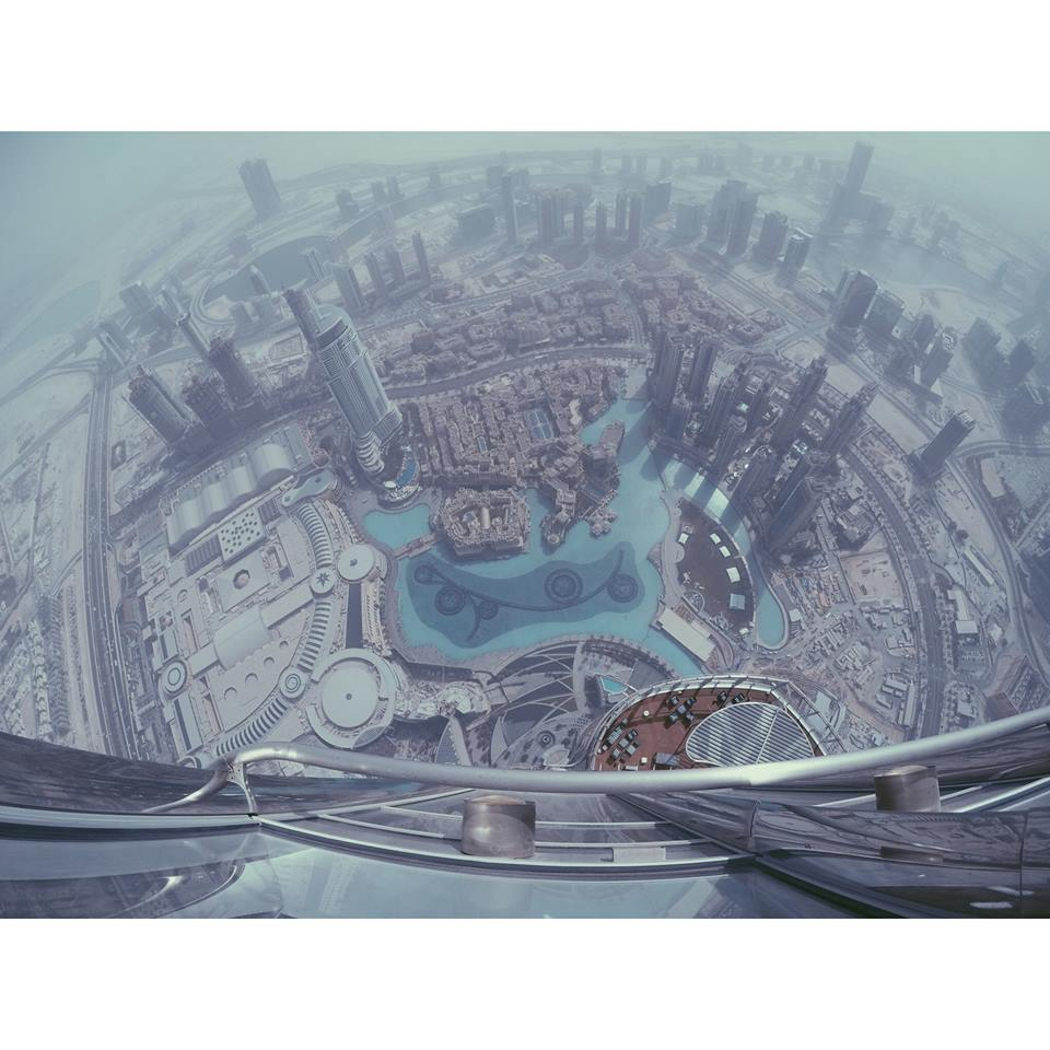 views from the burj khalifa tallest building in the world carla maria bruno burj khalifa dubai tour travel tips travel blogger travel influencer travel vlogger lifestyle blogger lifestyle vlogger lifestyle influencer collaborate visit dubai.jpg