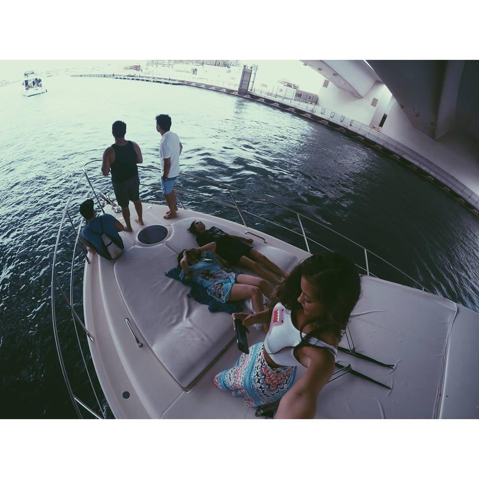 carla and friends carla maria bruno dubai yacht party marina jlt jbr boat travel influencer travel blogger travel vlogger lifestyle influencer lifestyle blogger lifestyle vlogger fashion travel tips tourism.jpg
