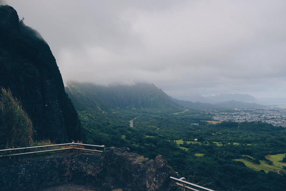 dark mountains aloha hawaii honolulu ohau travel blogger travel vlogger travel influencer collab collaboration ad norwegian cruise line ncl island hopping.JPG