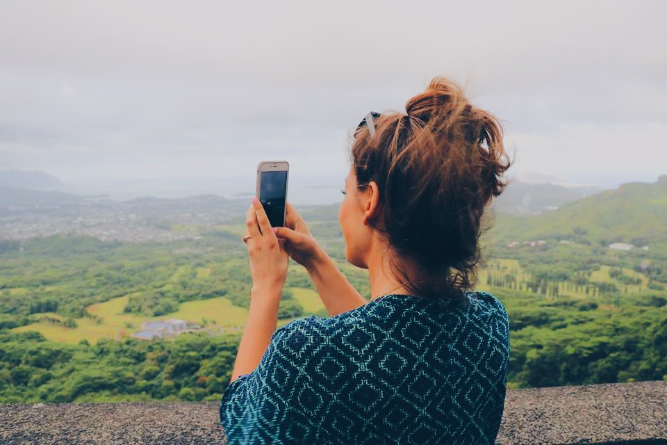 taking a photo aloha hawaii honolulu ohau travel blogger travel vlogger travel influencer collab collaboration ad norwegian cruise line ncl island hopping.JPG