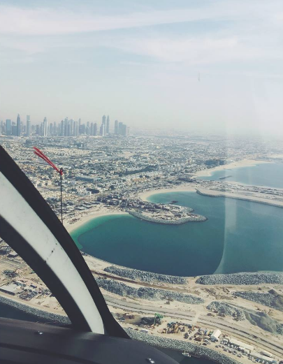 dubai from the sky dubai helicopter tour fly high dubai what to do in dubai carla maria bruno travel blogger vlogger influencer collaboration.png