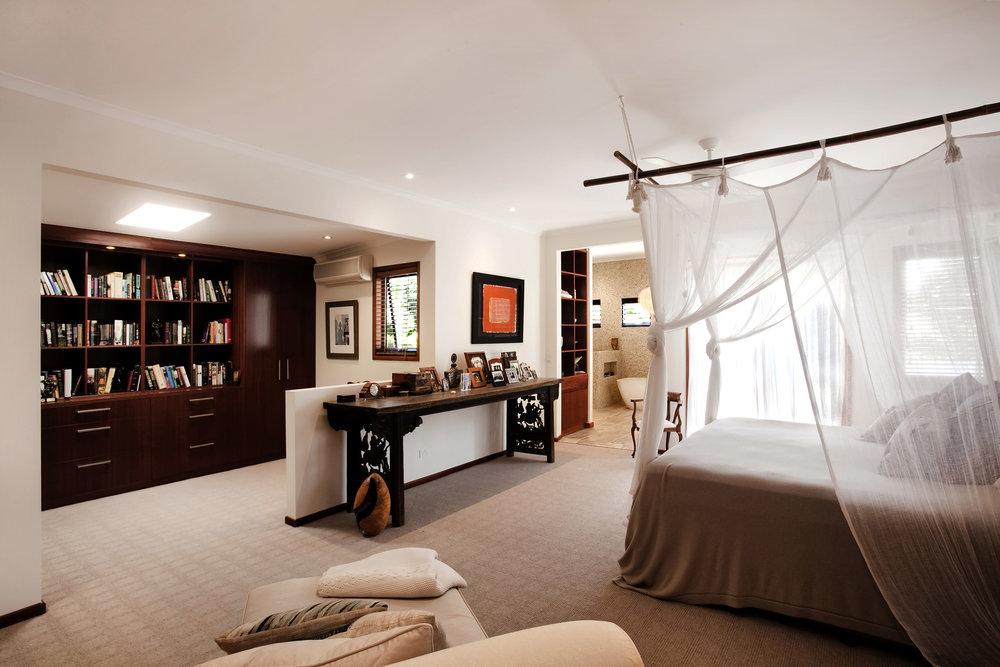 Quarterdeck bedroom after 3    028.jpg