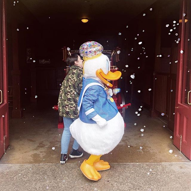 a sweet dreamy stroll with my second favorite donald. 💛