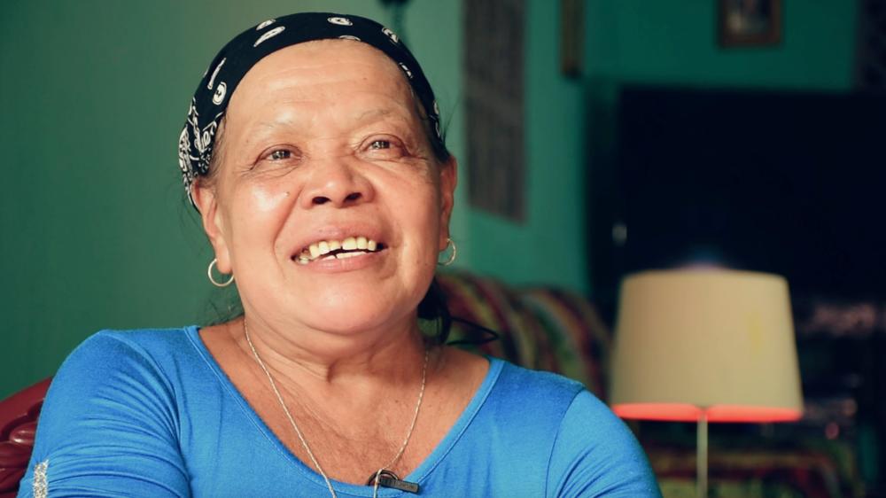 """Mirna Muñoz - """"Me salió una pelotita en el seno, cuando me presionaba me dolía un poco, entonces me di cuenta que era algo serio""""."""