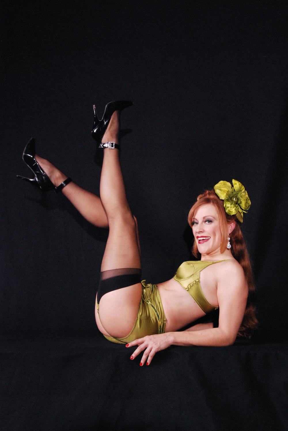 Trixie_Chartreuse_Legs.jpg