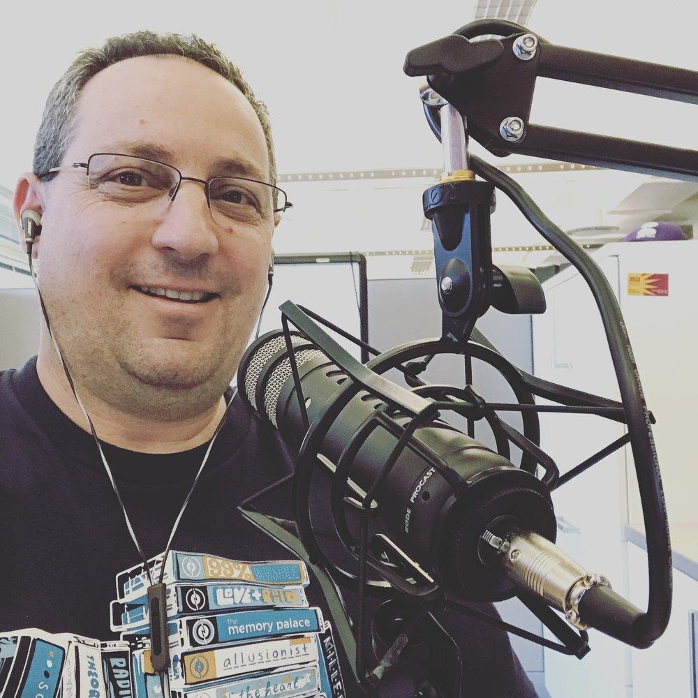 Raz Yalov - Headshot 2017 - Podcasting.jpg