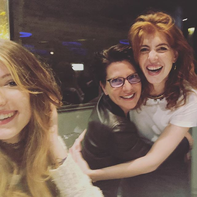 Sister birthdays are for laughing 🙃 @carofred83 . . .  #sisters #paris #bdaygirl #ginger #allsmiles #niece