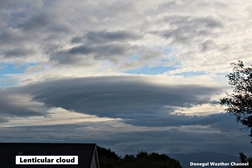 Lenticular cloud.JPG
