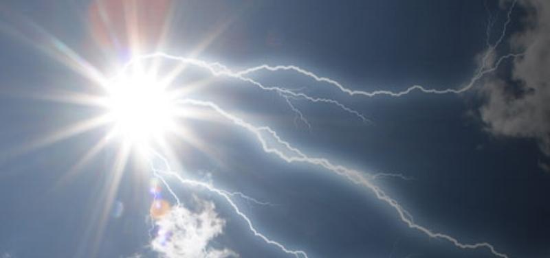 sun_lightning_2.jpg