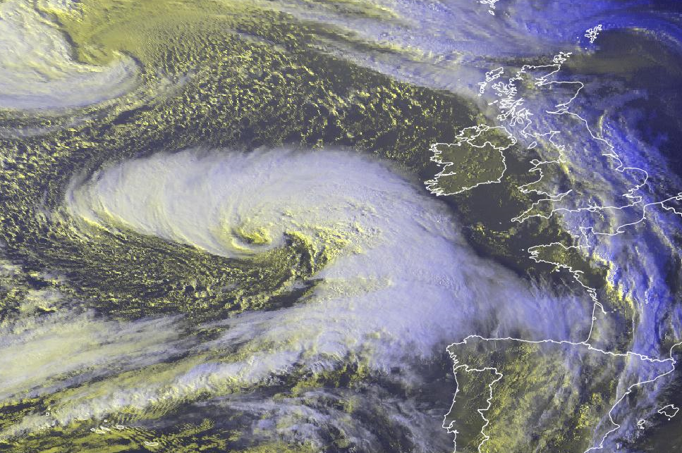 this image shows the EVIEW of storm Callum