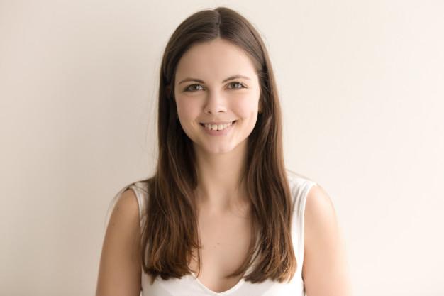 emotive-headshot-portrait-cheerful-young-woman_1163-5176.jpg