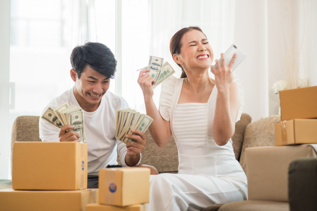 happy-couple-home-office-with-online-business-marketing-online-freelance-job_1150-4985.jpg