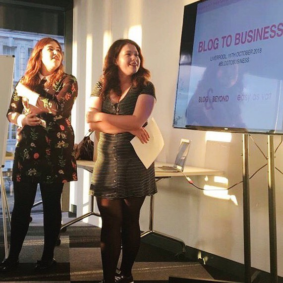 👯‍♀️ @colourscarousel and I doing our thing at the @blogandbeyond x @easyasvat #BlogToBusiness event a couple of weeks ago! Coming to Glasgow next month 🤘🏻 ⠀⠀⠀ ⠀ ⠀⠀⠀ ⠀ ⠀⠀⠀ ⠀ ⠀⠀⠀ ⠀ ⠀⠀⠀ ⠀ #girlsdoingcoolthings #womensupportwomen #communityovercompetition #amazingwomen #blogginggals #livblogsquad #blogandbeyond #girlgang #girlychat #inspirationalwomen #ladiesnightout #createyourlife #lbloggers #ukblogger #thegirlgang #girlpower #grlpwr #thisdelightfullife #liverpoolevents #theeverygirl #womeninbusiness #careergirl #careergirldaily #girlbossmoment #abmhappylife #creativehappylife #onegirlband