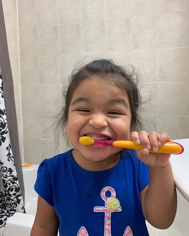On Saturday, we don't brush our teeth until almost noon 😬 #momlife  #colgatecommercialready #mombloggernetwork #kidswhobrush
