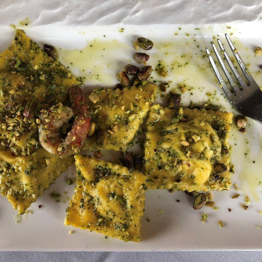 Pasta with pesto - a classic