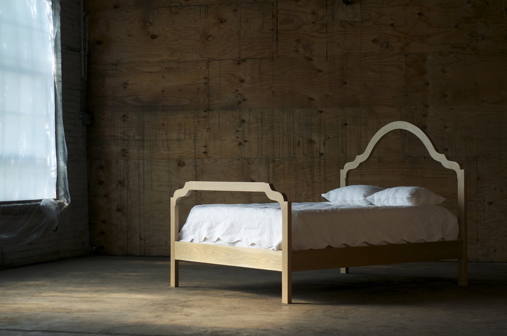 Silhouette Bed