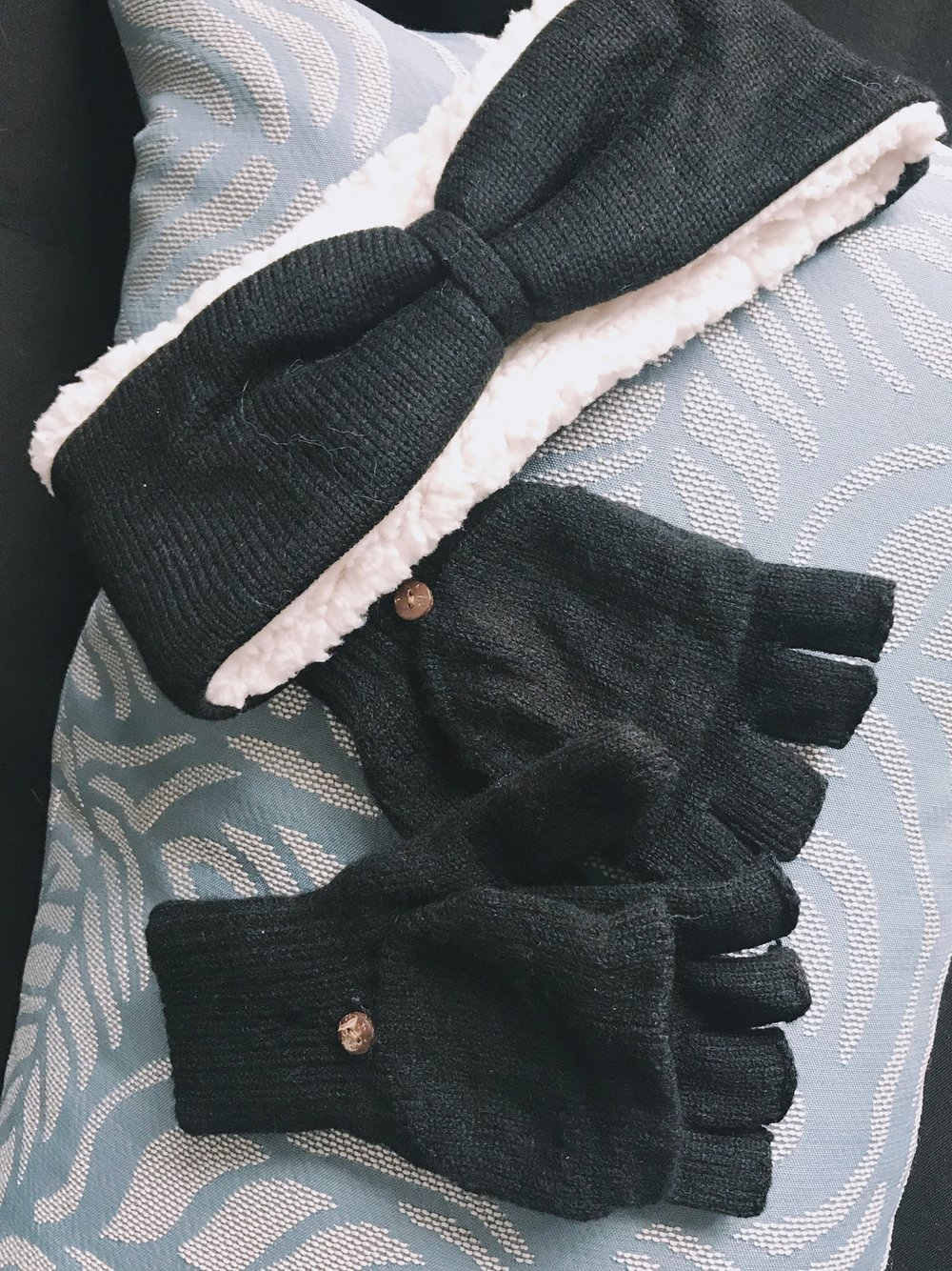 BearPaw Headband Gloves
