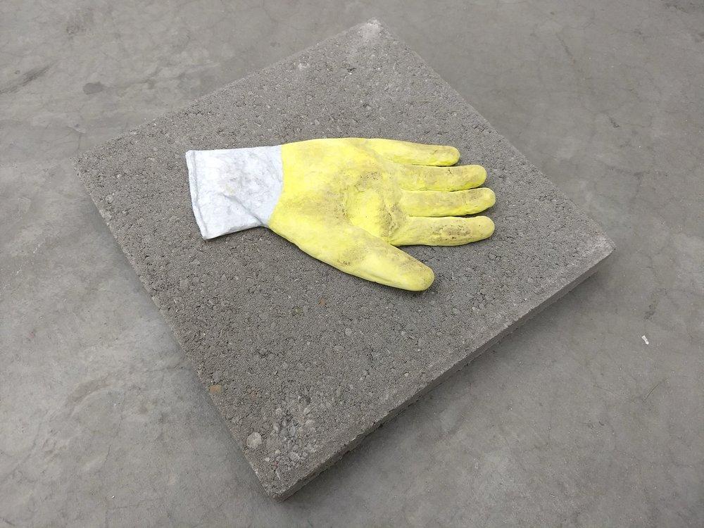 Tokyo (glove)