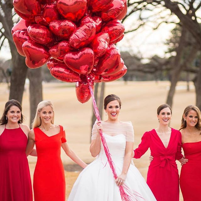 Happy Valentine's Day (and #tbt) Babes! ❤️ Not only is it the day of love but today we debut our FIRST EVER #wbbride of the Month! 🤩 Our Mrs. February is none other than our gorgeous bride 👰🏻 Margaret! Head over to the #wbblog (👈🏻link in the bio) and read more about our beautiful Mrs. February's wedding day and gown! 💋xo WB . . . 📸: @johncainphotography  #wbbride #realbride #warrenbarron #beunforgettable #valentines #tbt #engaged #weddinginspo #weddingblog #wedding #bride #weddingdress #love #ootd #dallasbride #bridesofnorthtx #sayyestothedress #redwedding