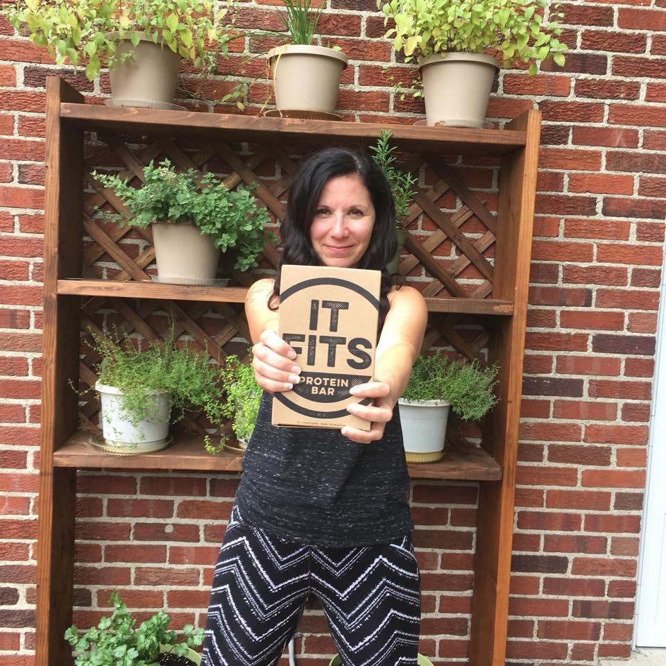 sponsor pic and endo heroes Melissa It Fits.jpg