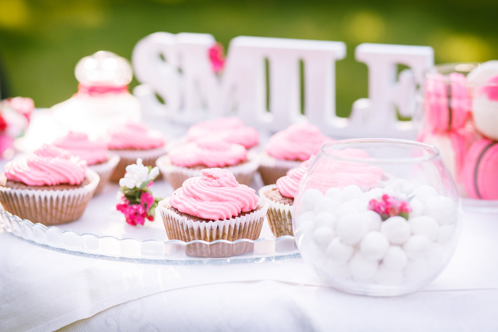 pink cupcakes smile sign.jpeg