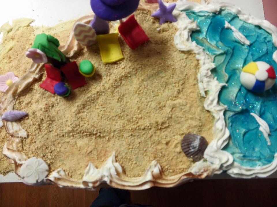 TCP Beach cupcake cake.jpg