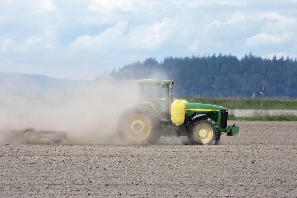 farming-climate-change-3449647_1920.jpg