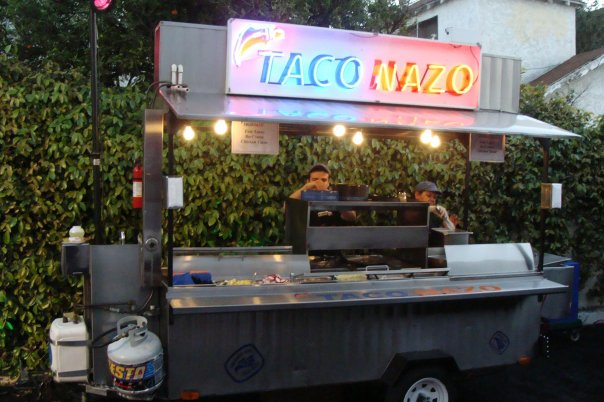 On Site - You can rent our custom truck and our fully trained professional staff will cook fresh on-site for your guests.We have catered numerous events from private parties to weddings to fundraisers to celebrity shindigs. We always bring a fully trained professional staff, ready to serve your guests.