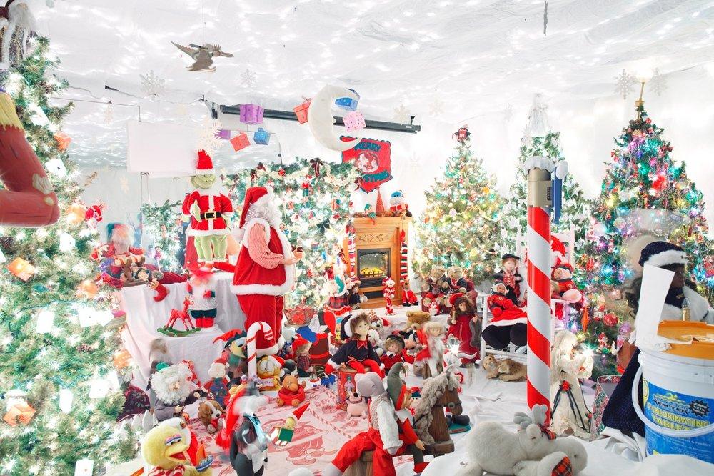 jesse-rieser-christmas-in-america-photography-8.jpg