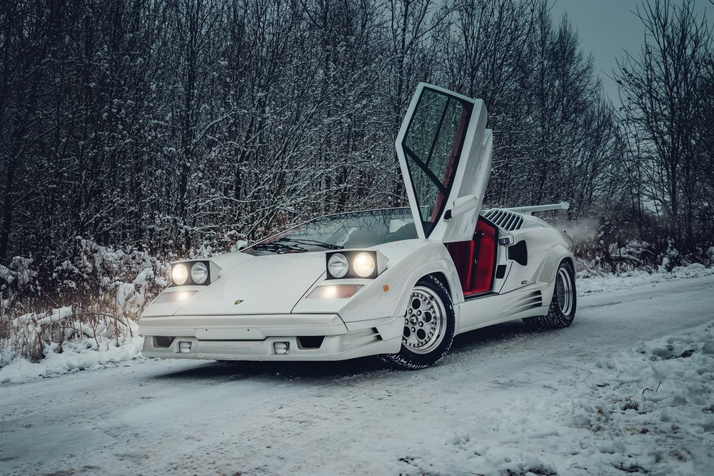 1991-lamborghini-countach-25th-anniversary-edition-auction-Paris-2.jpg