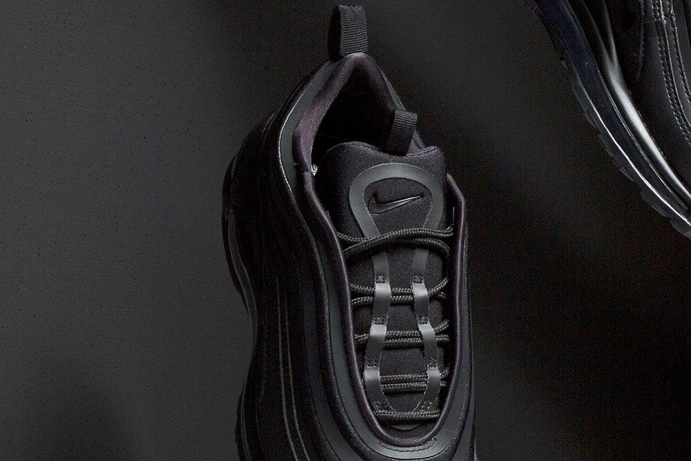Nike-Air-Max-97-Ultra-black-sneakers-3.jpg