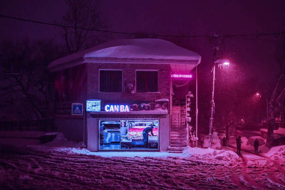 elsa-bleda-neon-photography-1.jpg