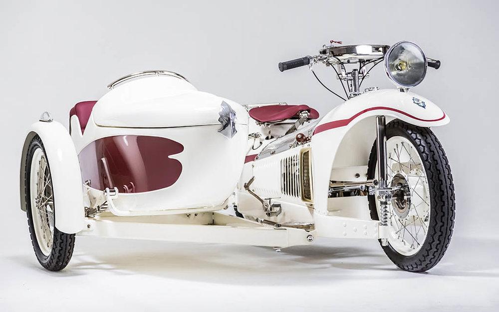 serge-beuno-majestic-motorcycle-garage-3.jpg