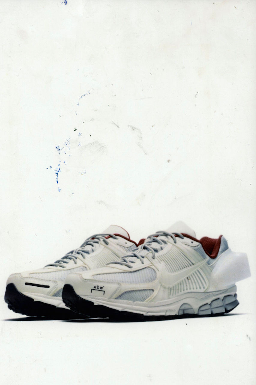 https_%2F%2Fhypebeast.com%2Fimage%2F2018%2F11%2Fa-cold-wall-x-nike-exclusive-closer-look-10.jpg