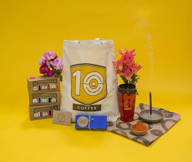 ✨GIVEAWAY✨  We're excited to team up with our friends and local makers @spicewalla, @eastforkpottery, and @highfivecoffee !  WHAT YOU COULD WIN:  One extra small potter's bowl in Utah and one incense holder in Mars from @eastforkpottery.  Incense included.  One tea towel dyed with botanical colors and spices! (turmeric, paprika, cayenne, chilli powder, and onion skins) from  @somosbycoconucco. . . One tote designed by @atlasbranding and printed by @lightningboltink , a travel mug, and a $25 gift card to @highfivecoffee . . . Three @spicewalla spice collections: Their India Essentials Chai collection, India Essentials Masala collection, and Kitchen Essentials Chilies collection. . . TO ENTER:  Follow the accounts above, and tag a friend in this post.  For an extra entry visit any of the accounts above, and tag a friend in this same post on their feed.  For an extra, extra entry repost this image in your stories or to your feed with the hashtag ✨#tasteandbelieve✨""